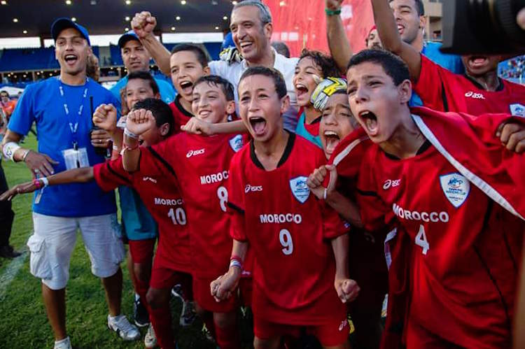 صورة المنتخب الوطني المغربي يفوز على نظيره المكسيكي ويتوج بكأس دانون للأمم