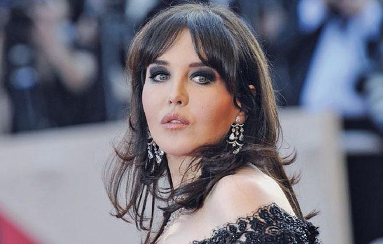 الممثلة إيزابيل أدجاني تعترف: «سرقت لوحة من فندق مغربي وأخفيتها داخل أمتعتي»