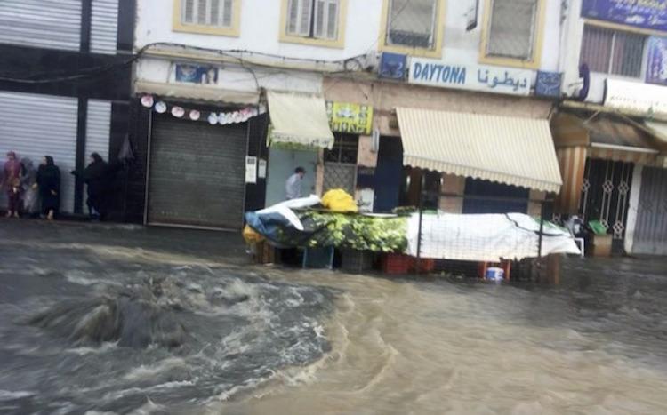 أحياء بطنجة تتنفس تحت مياه الأمطار وإخوان بنكيران أمام امتحان حقيقي