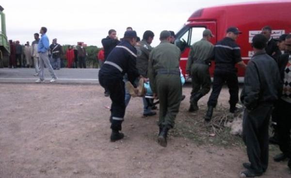 6 قتلى في اصطدام سيارة «خطاف» مع حافلة بأسفي