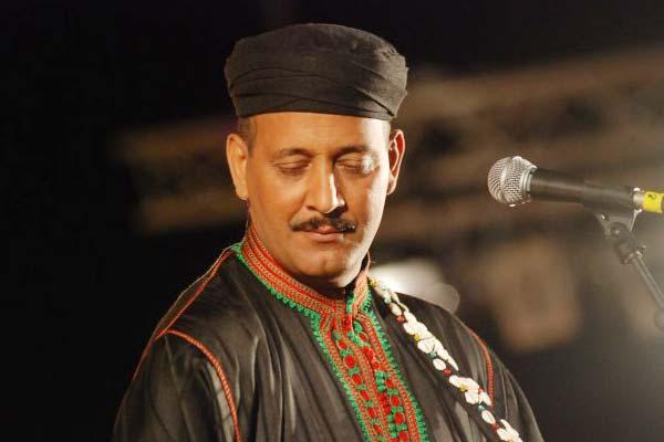 حميد القصري يتعرض لحادث سير كاد يودي بحياته