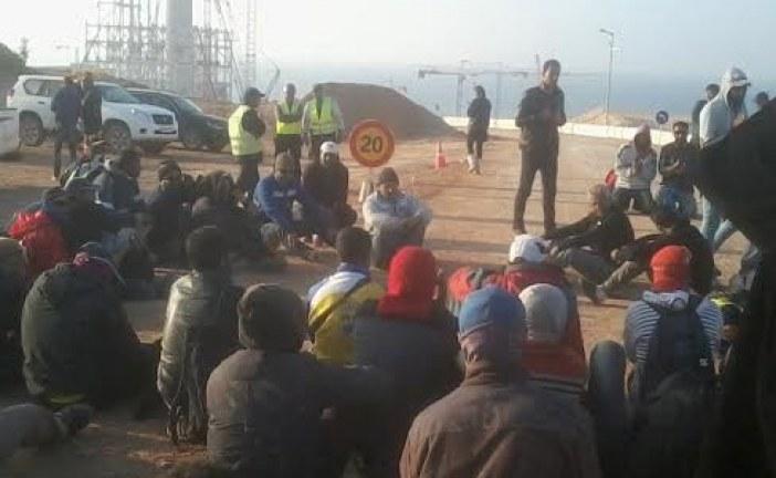 مسؤول بـ«دايو» ينعت العمال المغاربة بـ«الشواذ» وشلل تام يضرب المحطة الحرارية لآسفي