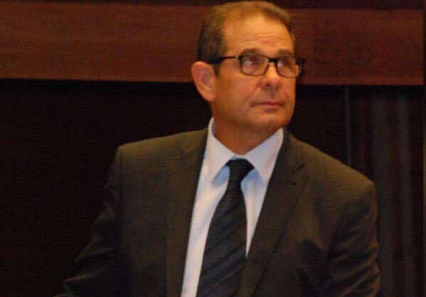 صورة مستشار يتهم رئيس المجلس البلدي للخميسات بصفعه والأخير ينفي