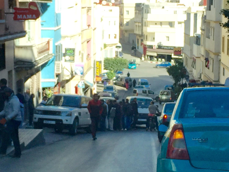 صورة مطاردة هوليودية بطنجة إثر سرقة سيارة أجرة بعد تهديد سائقها بالسلاح الأبيض