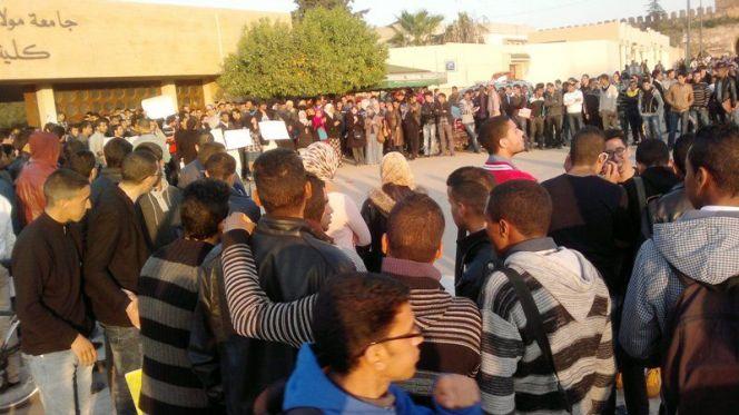 40 سنة سجنا للطلبة المتهمين بحلق رأس قاصر بجامعة مكناس