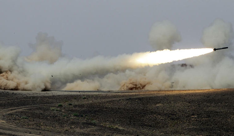 حوتيو اليمن يستهدفون مكة المكرمة بصاروخ باليستي