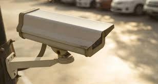 كاميرا مراقبة تكشف مستخدمي فندق متهمين بسرقة أغراض سائحتين بفاس