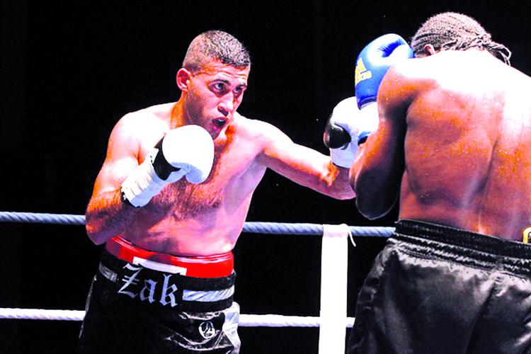 المغربي زكرياء عطو يفوز ببطولة أوروبا لـ«الملاكمة الإنجليزية» بفرنسا