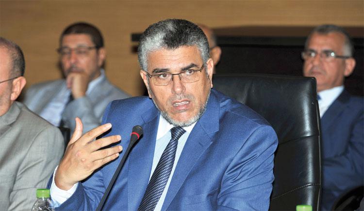 أمنيستي تتهم الرميد بالتضييق على القضاة وتدعو إلى محاكمة قادة «البوليساريو»