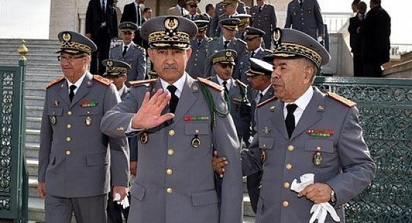 الجنرال فاروق بلخير يعفي أربعة جنرالات وكولونيل ماجور ويلحقهم بالرباط