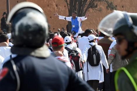 نقابات الصحة تهدد بالاحتجاج بسبب تعيينات في مناصب شاغرة بجهة بني ملال