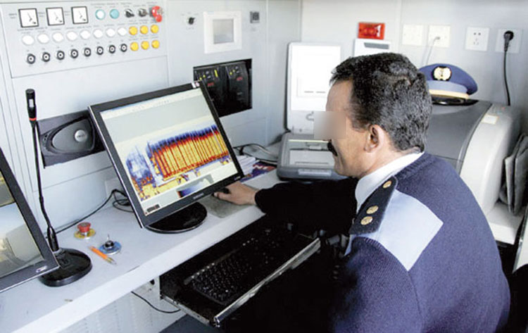 إعفاء مفتشين جمركيين بميناء طنجة المتوسطي بسبب تقارير سوداء
