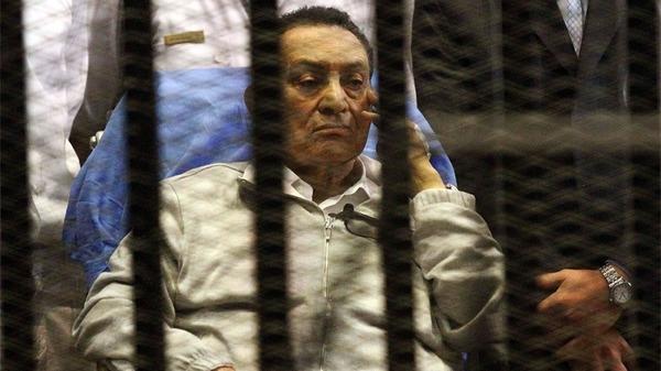صورة حكم نهائي ببراءة حسني مبارك من قتل المتظاهرين