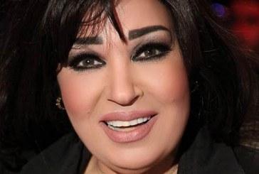 فيفي عبده وابنتها بالقفطان المغربي في طنجة