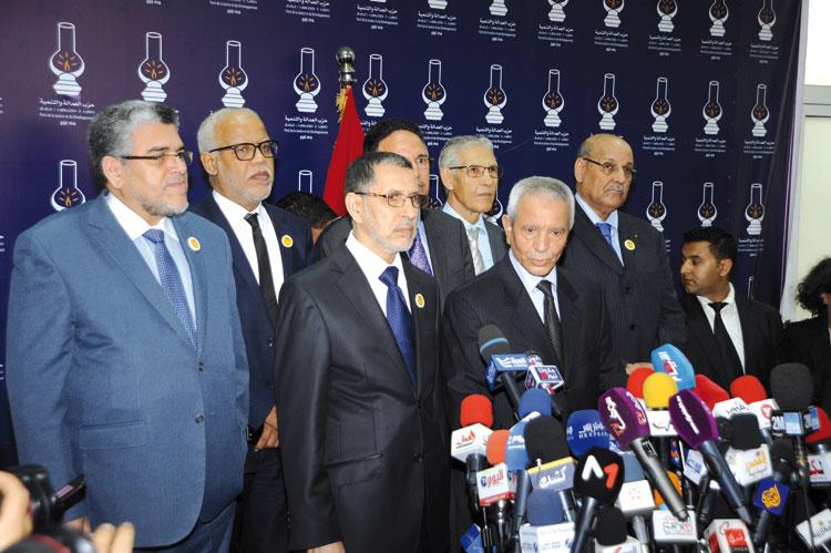 العدالة والتنمية يستجدي دعم حزب الاستقلال لحكومة العثماني