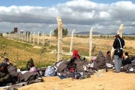 المغرب يصعد لهجته تجاه الجزائر بسبب السوريين العالقين على الحدود
