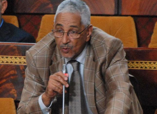 برلماني يوظف ابنته في جماعة ترابية يرأسها ببوجدور ويختار لجنة المباراة من أقاربه