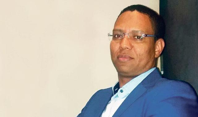 """مدير موقع """"العمق المغربي"""" ينفي تلقيه أموالا من الخارج و""""الأخبار"""" تنشر الأدلة بالوثائق"""