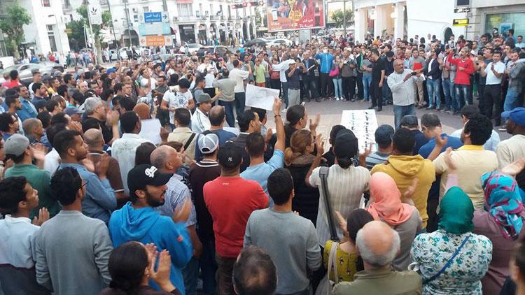 احتجاجات تحمل رباح مسؤولية أزمة النقل الحضري بالقنيطرة