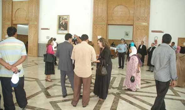 متقاضون بسيدي سليمان يطعنون في الشهادات الطبية المقدمة لمندوب الصحة وزوجته