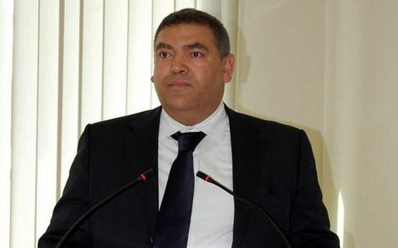 وزير الداخلية يطالب عامل سيدي بنور بحل مشكل مشروع بناء مؤسسة تعليمية بالمدينة