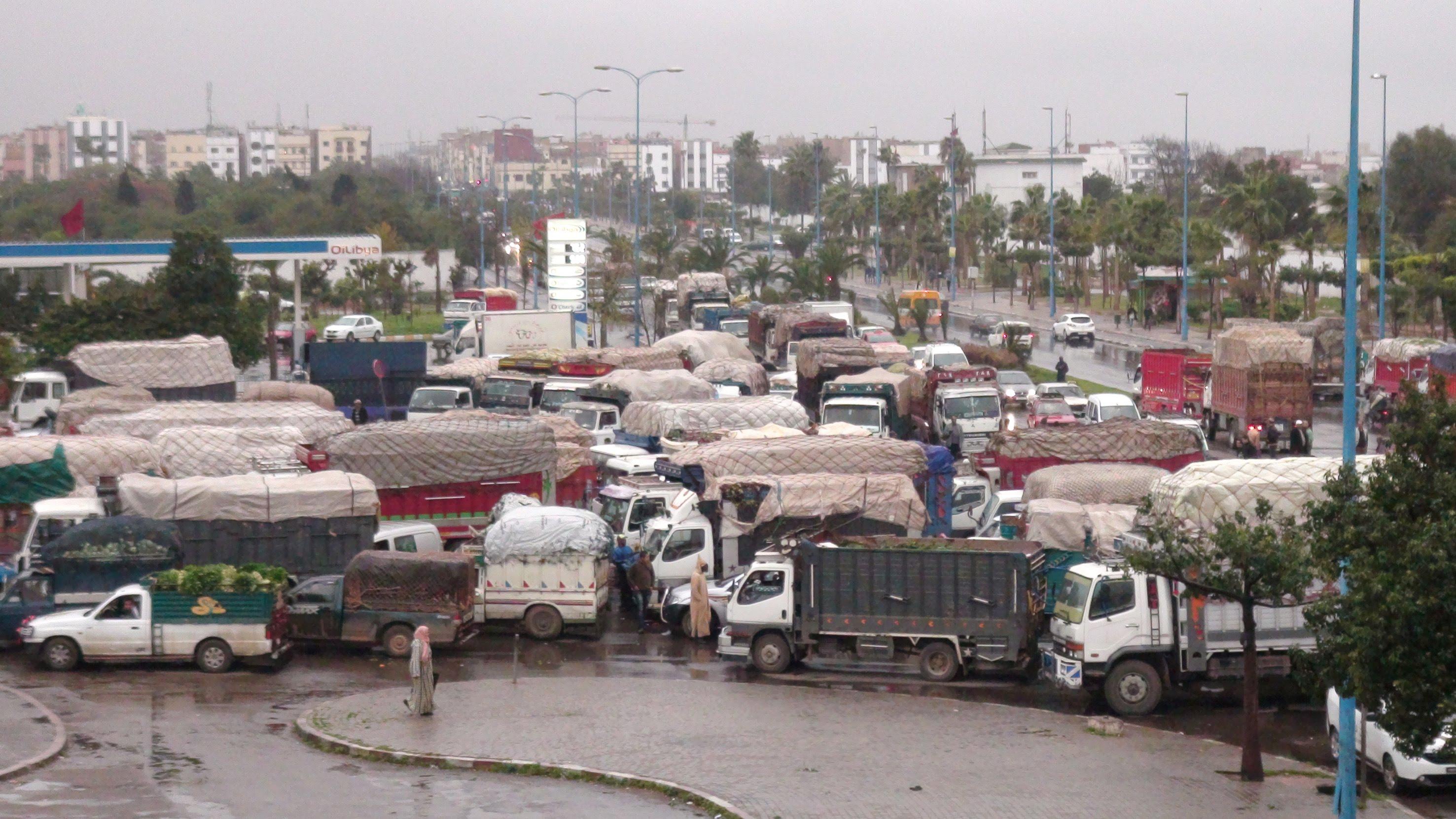 صورة مطالب بإغلاق البوابة الثانوية لسوق الجملة بالدار البيضاء