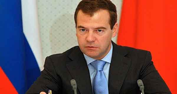 الوزير الأول الروسي يحل بالمغرب في زيارة رسمية