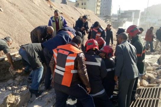 فتح تحقيق في حادث انهيار سور خلف قتيلين والعديد من الجرحى بالدار البيضاء