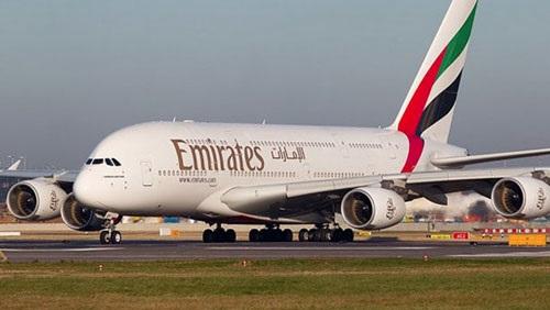 كواليس قرار الإمارات تعليق رحلاتها الجوية لتونس