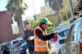 حراس يحتجون بطنجة بعد سحب رخصهم واستفادة شركة لنائب العماري من صفقة ركن السيارات