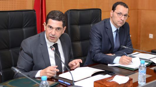صورة أمزازي والصمدي يبحثان عن طرق إرسال الأساتذة المغاربة إلى قطر