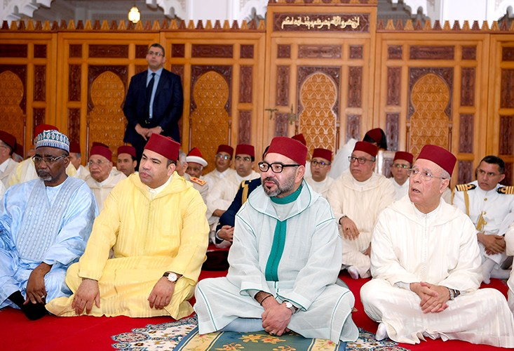 صورة أمير المؤمنين يترأس حفل إحياء ليلة القدر بمسجد حسان
