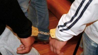 صورة توقيف شخصين متورطين في قضية اختطاف واغتصاب