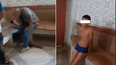 صورة إيداع متهم السجن بعد محاولته هتك عرض طفل في حمام شعبي