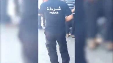 صورة بالفيديو.. مقتل رجل أمن وسقوط جرحى في تفجيرين انتحاريين بتونس