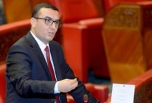 صورة أمكراز يستدعي النقابات لإنهاء الخلاف حول قانون الإضراب