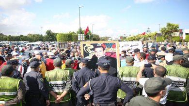 صورة التوقف عن العمل والدعم يخرج مهنيي الطاكسي بجهة الرباط للاحتجاج