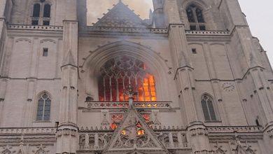 صورة بالفيديو.. حريق ضخم بكاتدرائية تاريخية في فرنسا