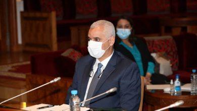 """صورة وزير الصحة يتراجع عن تعليق العطل السنوية ويتعهد بتسجيل """"كوفيد19"""" ضمن الأمراض المهنية"""