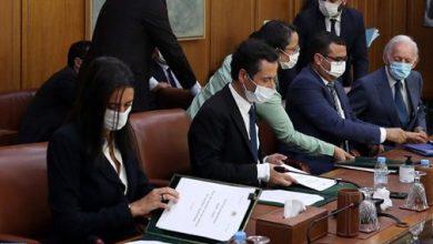 صورة الحكومة والبنوك والمقاولات يوقعون على ميثاق للإنعاش الاقتصادي والشغل