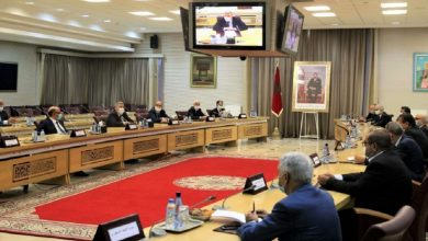 صورة في عز الأزمة الأحزاب تطالب برفع عدد المقاعد البرلمانية وبتعويضات إضافية بـ10 ملايير