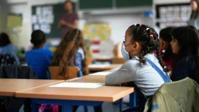 صورة تحسن الوضعية الوبائية بعدد من أحياء الرباط يعيد نمط التدريس بالتناوب لـ17 مؤسسة تعليمية