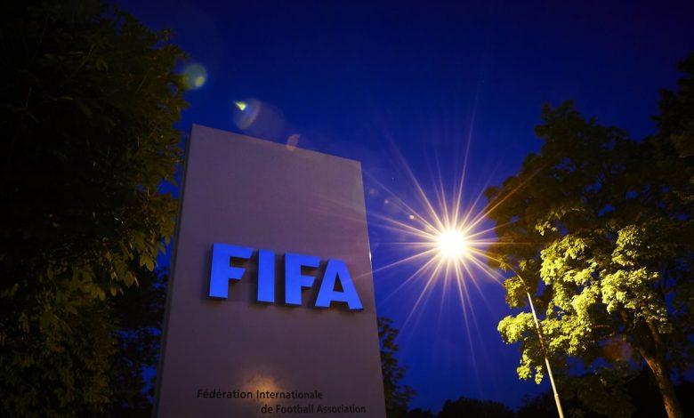 صورة كورونا يكبد كرة القدم العالمية خسائر بقيمة 11 مليار دولار