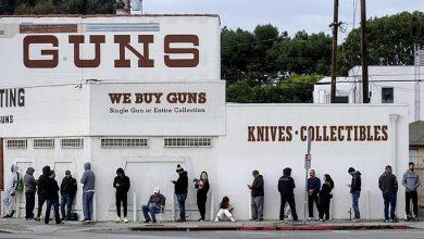 صورة الأمريكيون يحتمون بالأسلحة خلال الانتخابات الرئاسية الأمريكية