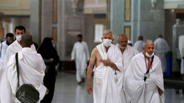 السعودية تعلن استئناف العمرة لغير المقيمين وفق هذه الضوابط
