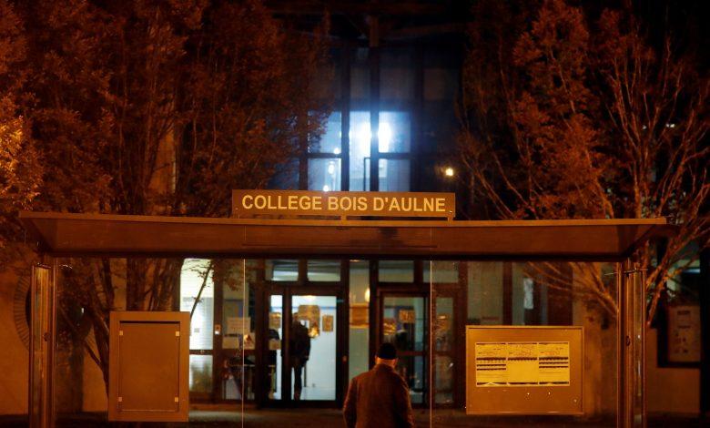 فرنسا تكشف هوية قاطع رأس أستاذ التاريخ