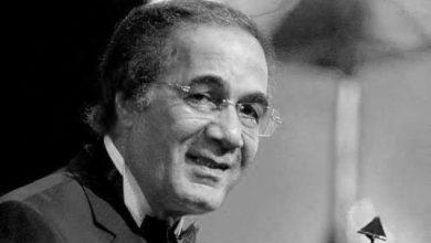 صورة وفاة الفنان المصري محمود ياسين عن سن ناهز 79 عاما