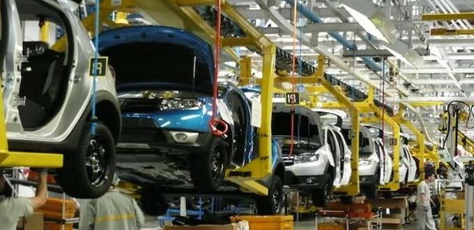 """صورة رونـو تنقل مصنعا لإنتاج سيارات """"سانديرو"""" من رومانيا إلى المغرب"""